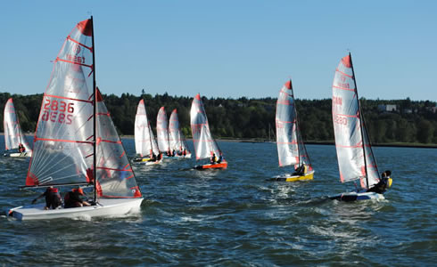 Enjoy the thrill of racing dinghies in Vancouver with the Viking Sailing Club. Races are held at the JSCA most Tuesdays and Sundays throughout the season