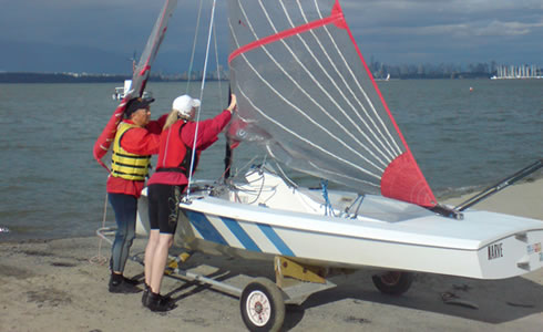 Our training programs get you rated from a Novice to an Intermediate so you can sail our dinghies with other similarly rated sailors